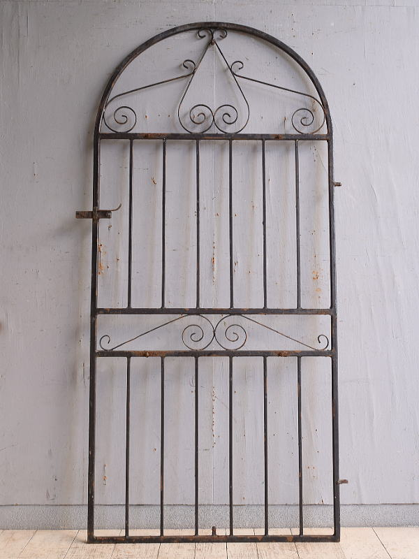 イギリスアンティーク アイアンフェンス ゲート柵 ガーデニング 9828