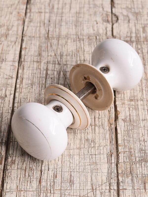 イギリス 陶器製 ドアノブ 建具金物 握り玉 9938