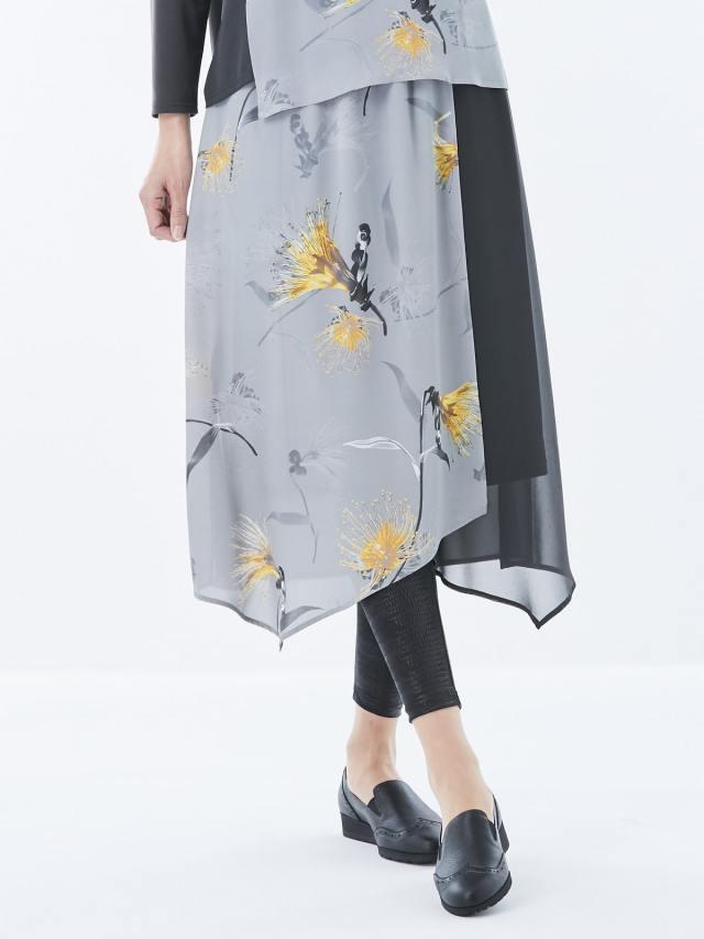バオバブフラワープリント スカート