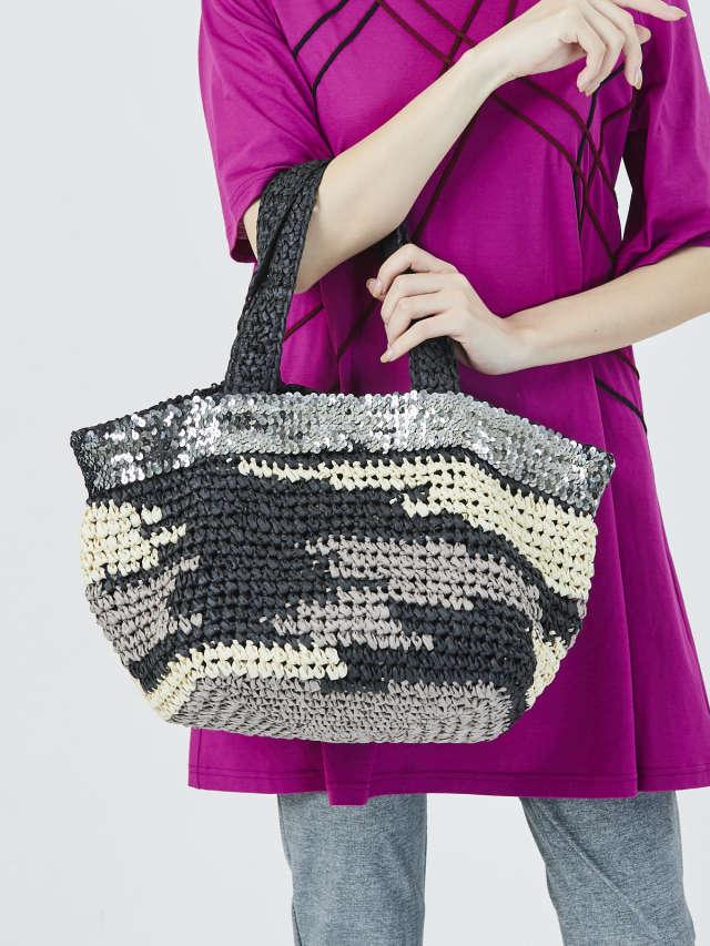 スパンコール編み込みバッグ
