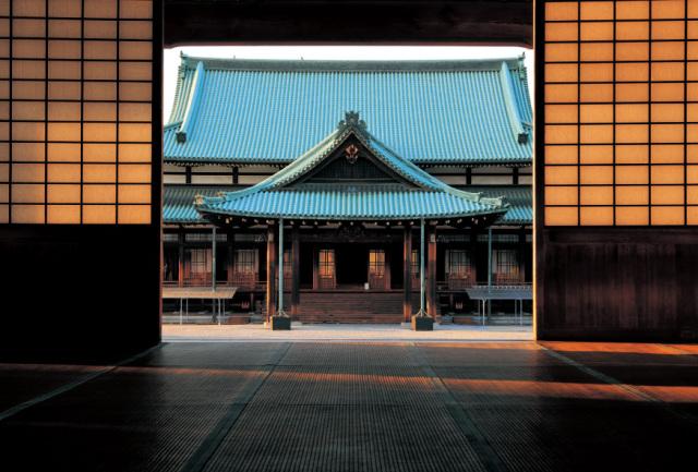 ポストカード2020-3教祖殿の夕景