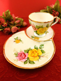 <英国ミッドセンチュリー>大輪のバラのお花たち♪たっぷりとした金彩も美しいテニスセット
