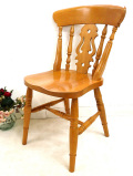 <英国オールドパイン家具>1940年代:パイン材がいいお味になった英国の椅子