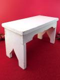 <英国ビンテージ>クラシックホワイトち♪カントリーな木製のスツール