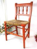 <英国アンティーク家具>1940年代:藁で編まれた座面がカントリーなオールドパインのチャイルドチェア