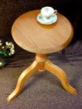 <英国ビンテージ>1960年代:花置き台にも♪カントリーな空気が暖かいオールドパインのサイドテーブル