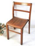 <英国オールドパイン家具:Kingfisher>パイン材がいいお味になった英国ビンテージのスクールチェア
