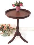 1930年代:赤茶色の革張りの天板♪優雅なオールドオークのコーヒーテーブル