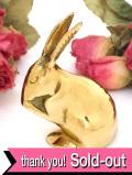 1930年代:金色に輝くウサギさん♪無垢の真鍮の愛らしいオーナメントフィギュア