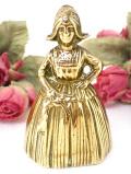 1920年代:伝統的衣装に身を包んだレディ♪真鍮細工がステキな無垢の真鍮のアンティーク・ベル