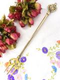 1920年代:金色のライオン♪無垢の真鍮細工が美しい長いオーナメントフォーク