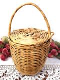 <英国ミッドセンチュリー>英国の持ち手付ふた付の小ぶりなポテトバスケット