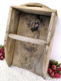 1910年代:レア♪素晴らしくいいお味になった木製の大きなちりとり