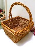 <英国ビンテージ>カントリーの空気♪籐と縄で編まれた四角いバスケット