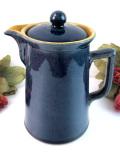 1930年代:素朴な味わいがカントリー♪深い青色のぶ厚い英国ストーンウェアのコーヒーポット