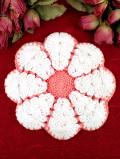 <英国ハンドメイド>ピンクと白の大きなお花の英国ビンテージの手編みの鍋敷き