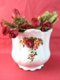 <英国ビンテージ>英国の華やかなバラたち♪金彩も美しいとても大きくてロマンチックな鉢カバー