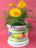<英国ビンテージ>たくさんの果実たち♪立体的な陶器細工のレリーフが美しい鉢カバー