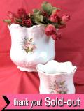 <英国ビンテージ>英国の森の中のお花たち♪金彩も美しいロマンティックな鉢カバー「2個セット」