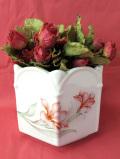 <英国ビンテージ>英国の優しいお花たち♪優しい六角形のフォルムの鉢カバー