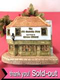 <Lilliput Lane>「Old Curiosity Shop」♪チャールズ・ディッキンソンの小説で有名な大きな英国カントリーコテージのフィギュア