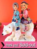<クリサリスコレクション限定品>「Christine Haworth:POLAR JOURNEY」シロクマさんに乗った女の子と男の子の大きなフィギュア