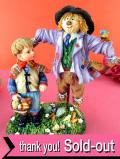 <クリサリスコレクション限定品>「Christine Haworth:SAM AND THE SCARECROW」サム少年と畑の番人のカカシさんの大きなフィギュア