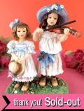 <クリサリスコレクション>「Christine Haworth:MIDSUMMER MELODY」夏のガーデンでバイオリンを弾く少女と妹のフィギュア