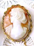 1930年代:優雅な女性の横顔♪ゴールドプレートの美しいシェルカメオのアンティークブローチ