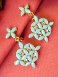 <英国コスチュームジュエリー>1960年代:光輝くクリスタル♪ペパーミントグリーンのお花のイヤリング