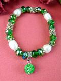 1960年代:あまりにも優雅な輝き♪緑色のヨーロピアンガラスと淡水パールのブレスレッド
