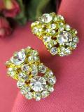 <英国コスチュームジュエリー>1960年代:まばゆい光の競演♪大粒のクリスタルが輝く豪華な金色のイヤリング