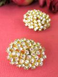 <英国コスチュームジュエリー>1960年代:まばゆい光の競演♪たくさんのクリスタルが輝く金色のイヤリング