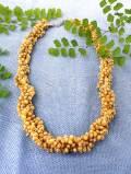 <英国ミッドセンチュリー>ウッドカラーの濃淡が美しい貝殻ビーズーズの4連のネックレス