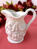 <ポートメリオン・レア♪>森の生活♪立体的な陶器細工が美しい白いミルクジャグ