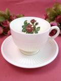 <ウェッジウッド>「MOSS ROSE」♪シックなバラたちのカップ&ソーサー
