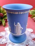 <ウェッジウッド>3人の女神様と2人の天使たち♪ブルージャスパーの素晴らしいレリーフの大きなフラワーベース
