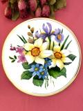 <英国ビンテージ>満開のお花たち♪まるで中世の絵画のような美しいお花たちの特別大きな絵皿