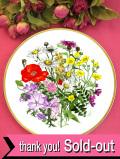 <Spink:限定品>「WILDFLOWERS:PLATE No.1・MEADOW & GRASSLAND」♪たっぷりとした金彩と華やかなワイルドフラワーのお花の大きな絵皿「壁掛けハンガー付」