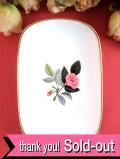 <廃盤レア♪ウェッジウッド>1959年:「HATHAWAY ROSE(ハサウェイ・ローズ)」のピンクのバラの優しい長方形のスモールプレート