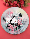 <Knowles>限定品「Sapphire Wings」♪白いランのお花と蝶々が愛らしいの絵皿「スタンド付」