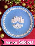 <英国流クリスマス>「ウエッジウッド:1976年HAMPTON COURT」♪素晴らしいブルージャスパーのクリスマス・プレート