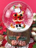 <英国流クリスマス:新品未使用品>プレゼントを背負ったサンタクロース♪オルゴールが付いたクリスマスのとても大きなスノーボール「お箱入り」