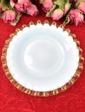 1930年代:珍しいミルクガラス♪開いたお花のようなフォルムのお皿「スタンド付」