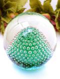 <英国ハンドメイド>美しい気泡たち♪アートフルな緑ガラスの森のようなペーパーウェイト
