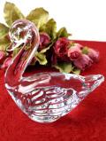 1950年代:キラキラ輝く分厚いガラス細工の白鳥さんのずっしり重たいペーパーウェイト