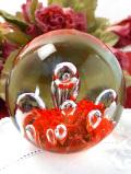 <英国ハンドメイド>気泡たちが美しく表現された大きなガラスのペーパーウェイト