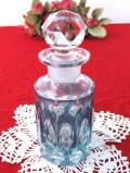 1950年代:アートフルなガラス細工♪アンティークガラスが美しいパフュームボトル