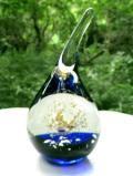 <英国ハンドメイド>水滴のようなフォルム♪気泡たちが美しく表現された大きなガラスのペーパーウェイト