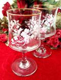 1940年代:愛らしい白いお花♪金彩も優雅な透明ガラスのワイングラス「2個セット」